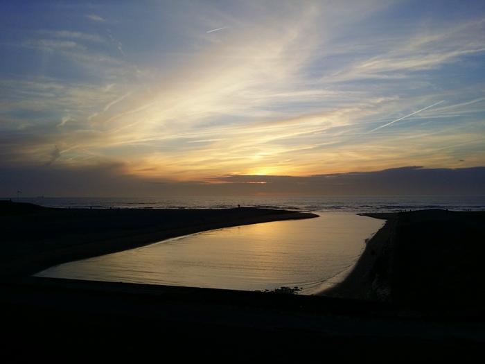 uitwatering zee katwijk zonsondergang