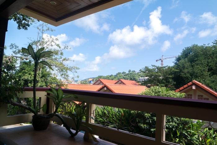 manohra cozy resort karon thailand phuket