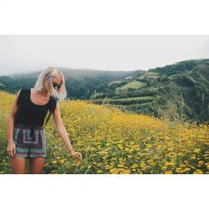 Flowers eeeeeeverywhere! saomiguel azores portugal azoren travelblogger traveling wanderer wanderlusthellip