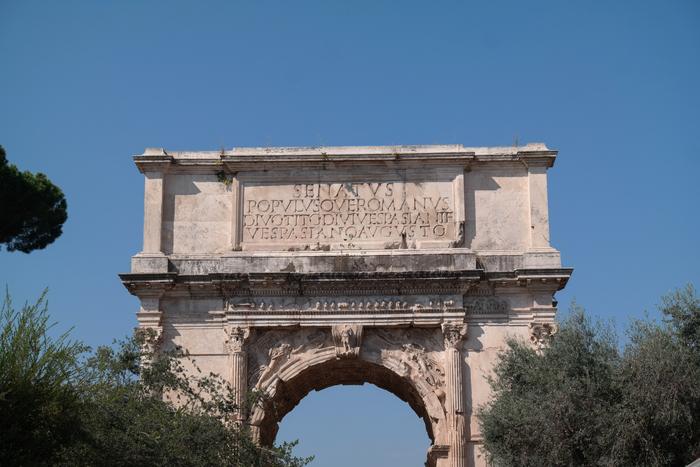 De Boog van Titus Rome