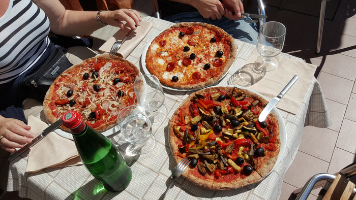 vaccaro pizzeria amalfi