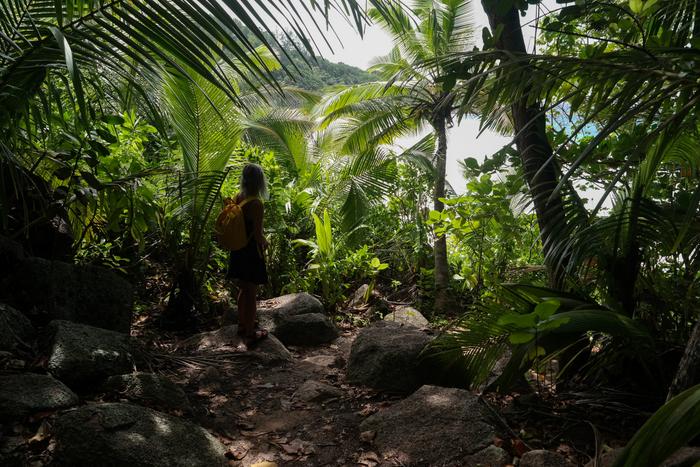 Anse Cocos hike Seychelles La Digue